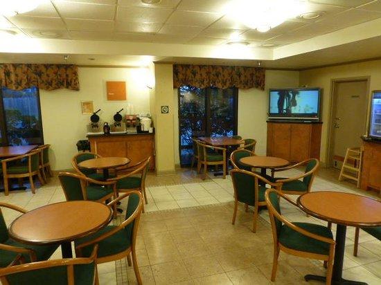 Comfort Inn - Pensacola / N Davis Hwy: Breakfast area