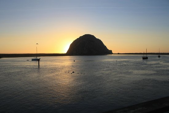Anderson Inn: Morro Rock at sunset - from our room