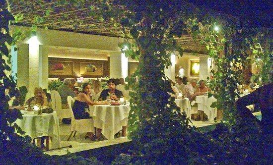 Calabash Luxury Boutique Hotel: Garry Rhodes Restaurant at Calabash