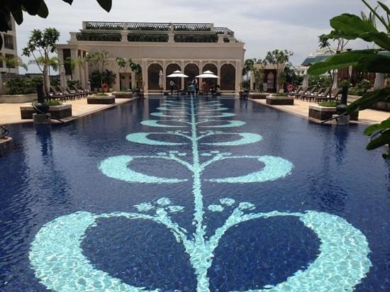 Lounge Area Picture Of The Leela Palace Chennai Chennai Madras Tripadvisor