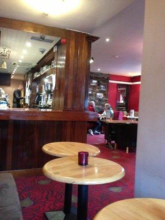 The Lamb Inn: main bar