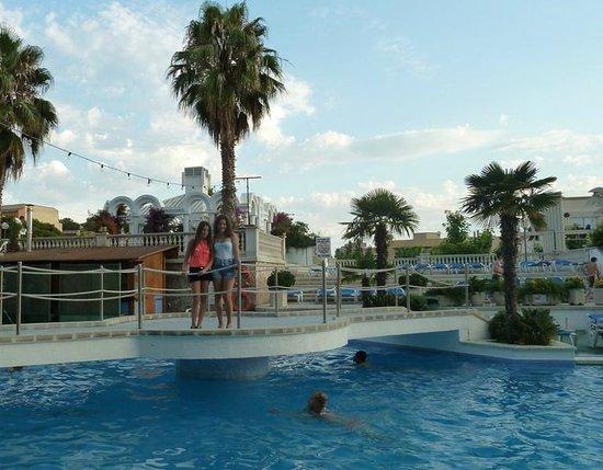 Hotel Marina Sand: Piscinas