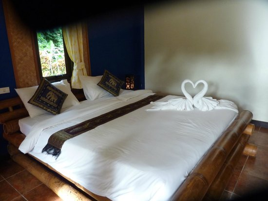 Garden Resort: The bedroom in the villa