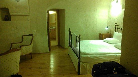 Esbelli Evi Cave Hotel: Room