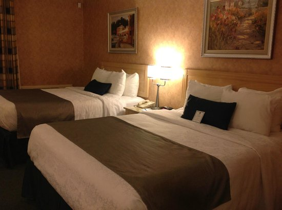 Chambre picture of best western hotel brossard brossard for Chambre western