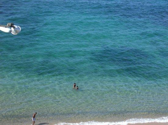Oceanico Ondina Hotel: Vista da sacada com piscina
