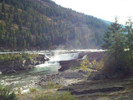 Kootenai Falls Swinging Bridge: The falls