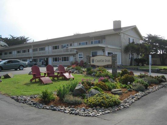 Castle Inn: Hotel front