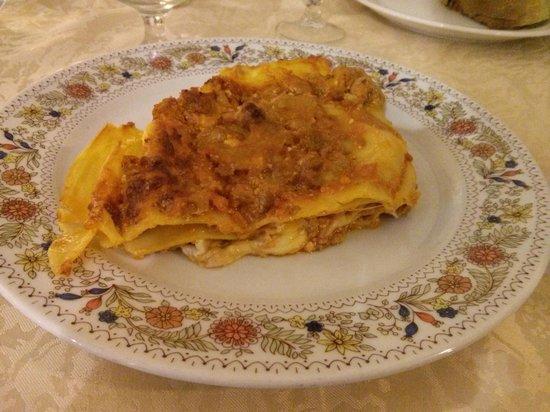 Family Spa Hotel Le Canne: lasagna