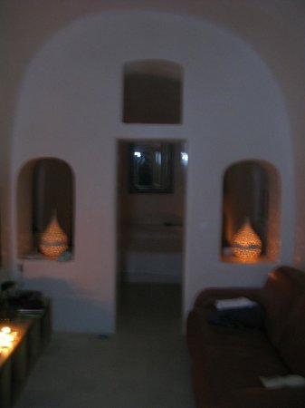 Oia Collection Suites and Villas : Lover's Cave
