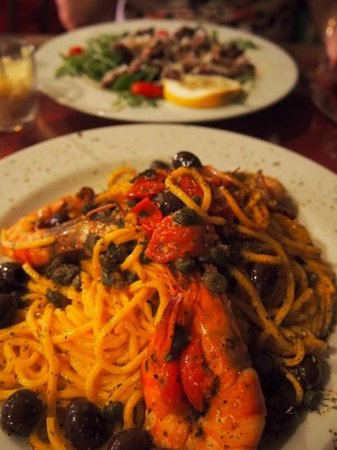 Le Local: pasta with a few prawns, not the marinara as we had been described