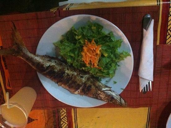 Seneguyane: Poisson entier grillé