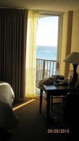 Waikiki Resort Hotel: Bedroom