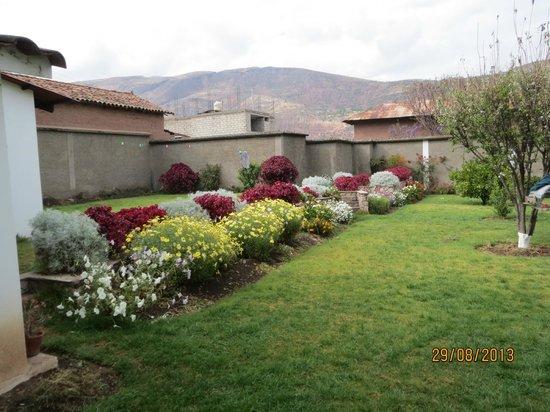 Posada Las Tres Marias: Simpático jardín.
