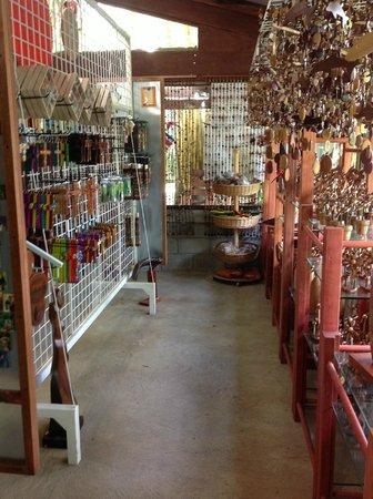 Sr y Sra Ese Factory Tour : Gift Shop