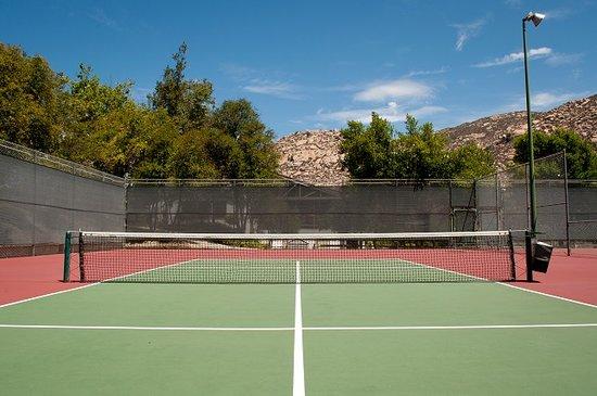 San Diego Country Estates : Tennis Courts