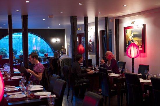L'Indochine : Un décor parfait et beaucoup de clients (septembre à La Baule)