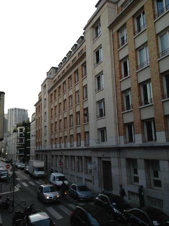 Hotel Eiffel Capitol : vista da Rua Viala
