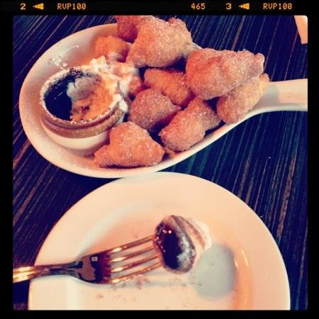 Osteria Vitto: Scrumptious doesn't begin to describe this dessert!