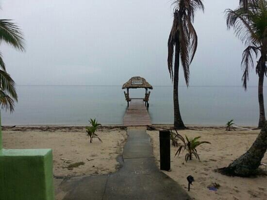 Nautical Inn: Dock and Palapa
