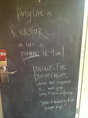 Jupiter Hotel : Chalkboard door, our parting comments
