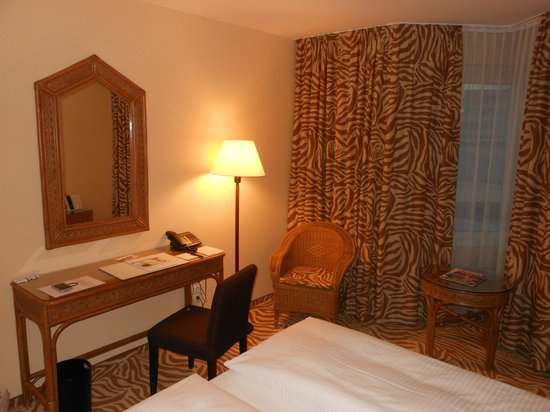 Relexa Hotel Frankfurt/Main : Our room