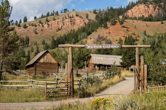 Gros Ventre River Ranch : View of the stables