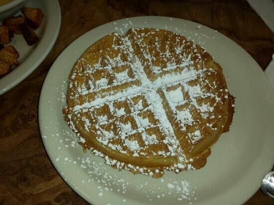 Beverly's La Croisette: waffles
