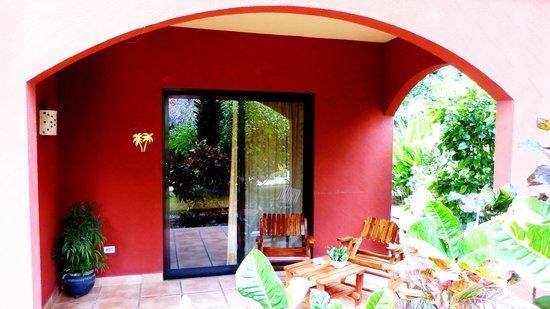 Hotel Cantarana: R# 4 Coco deck