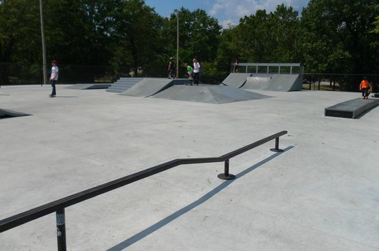 Kershaw Skate Park: Pyramid and Tripple Ramp