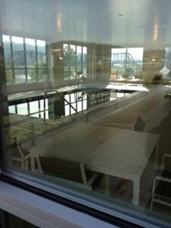 HYATT house Pittsburgh-South Side: View of pool from patio