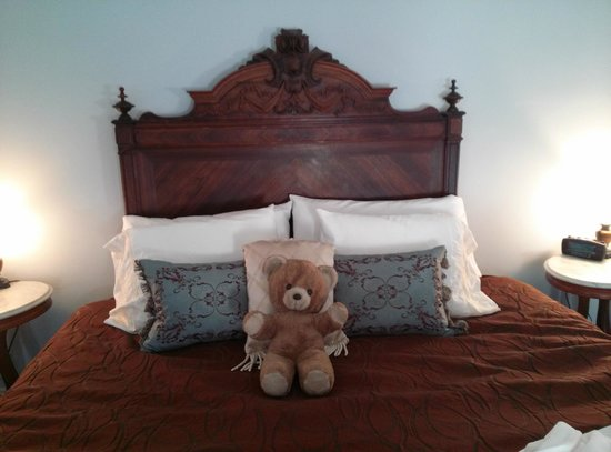 Palace Hotel & Bath House Spa: The Teddy bear is mine