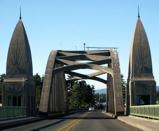 Florence, Oregon: Siuslaw Bridge, Florence