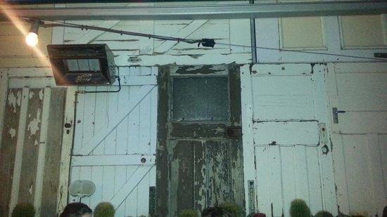 Campari Bistro & Restaurant: The back wall of doors!