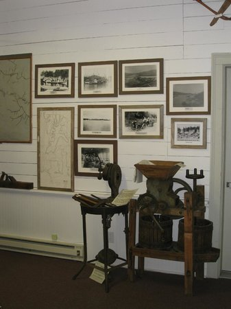 Florence, OR: Siuslaw Museum exhibit