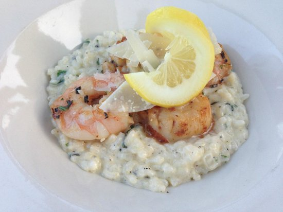Boathouse Bistro Tapas Lounge & Restaurant : Seafood Risotto