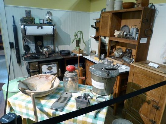 Westbank Museum: Old Kitchen Room