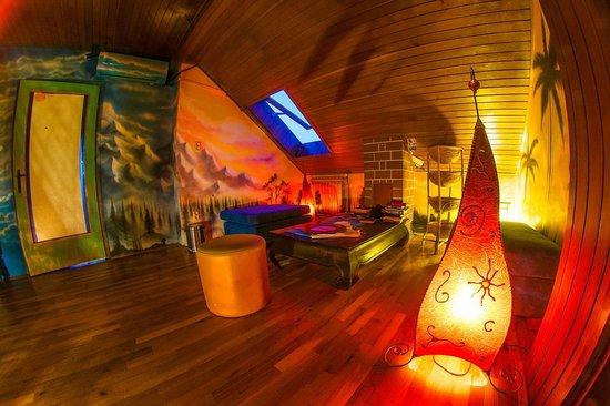 Hostel Mali Mrak: Common room, attic