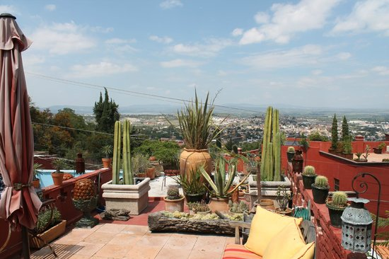 Casa Cinco Patios: View from one of the Patios