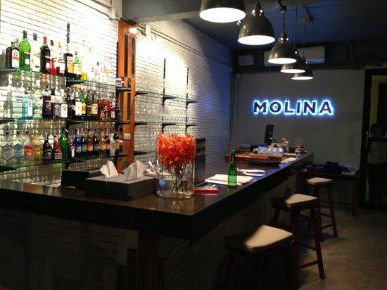 Molina Italian Wine & Cuisine: Molina