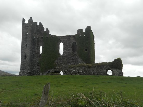 Kerry Experience Tours - Private Day Tours: Ballycarberry Castle