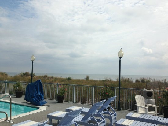 EconoLodge Oceanfront Ocean City: Partial view while standing on the outdoor pool deck.