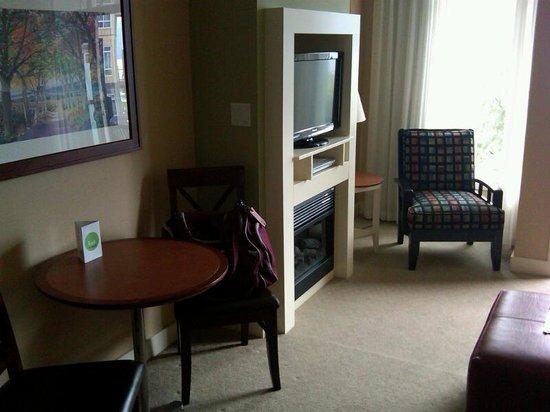Summerland Waterfront Resort & Spa : Living Room
