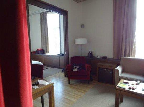 Hôtel 71 : Chambre tout confort