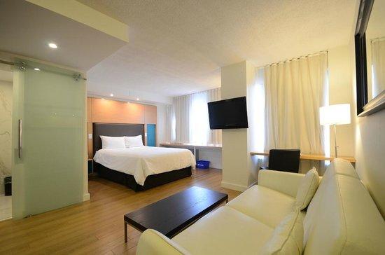bond place hotel 125 1 4 9 updated 2018 prices. Black Bedroom Furniture Sets. Home Design Ideas