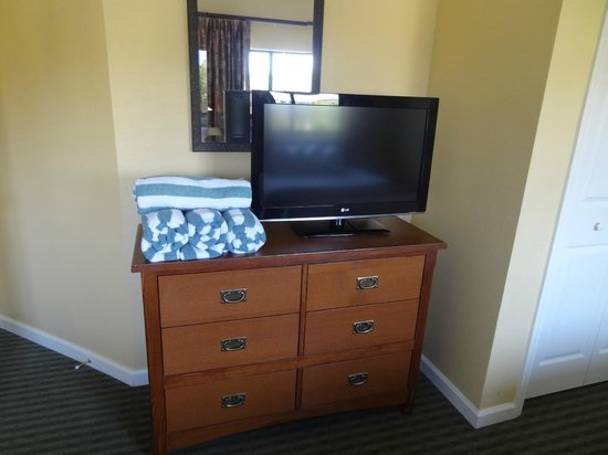 Wyndham Smoky Mountains: TV in 2nd BR