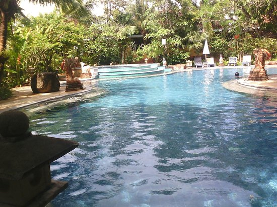 Aochalong Villa & Spa: inner pool