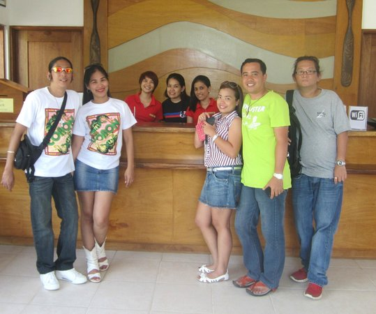 Asia Grand View Hotel : The very friendly and accommodating staff