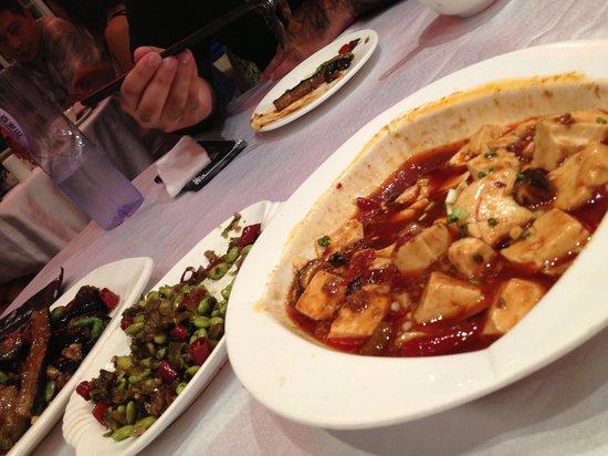 ShangHai DiShuiDong (MaoMing South Road): Mapo Tofu and Veggies