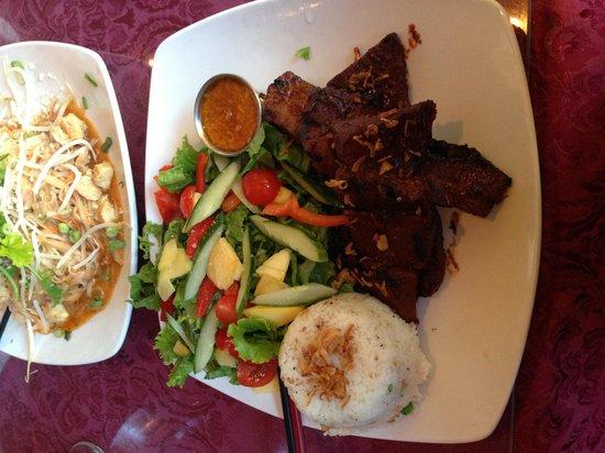Village Of Thai: Satay (Beef)